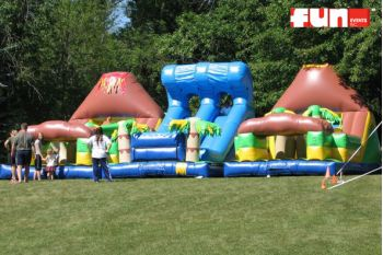 Obstacle Course Inflatable - Tropical Wave